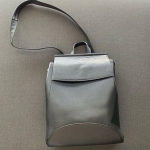 Heshe Leather convertible, black Backpack